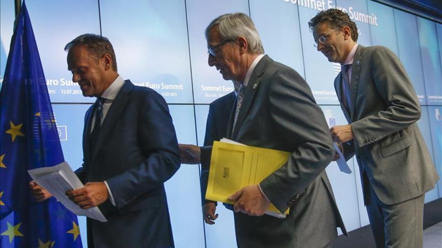 """Tusk reconoce que hubo una probabilidad grande de """"grexit"""" durante la cumbre"""