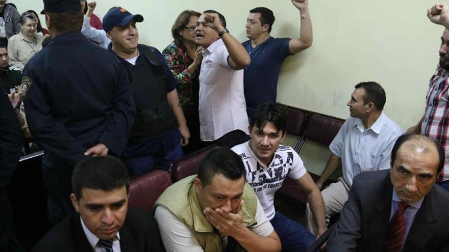 Condenan a todos los acusados de una masacre de Paraguay en un juicio con incidentes