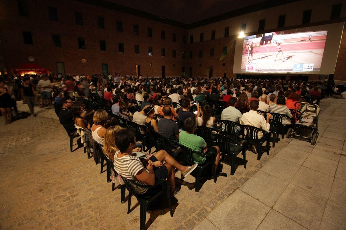 Patio de proyección del cine de verano del Conde Duque | RAQUEL ANGULO