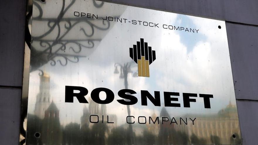 Rusia privatiza el 19,5 por ciento de la petrolera Rosneft por 10.500 millones de euros