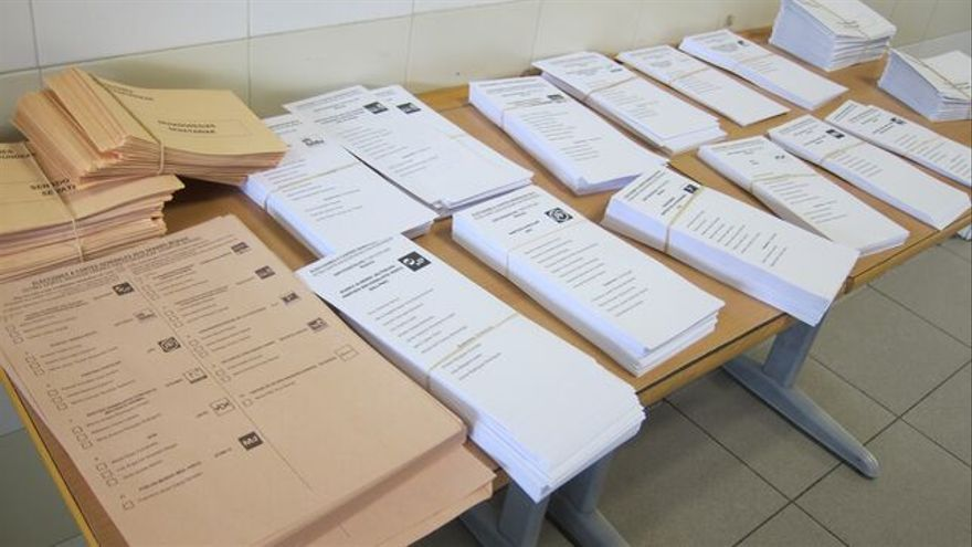 Papeletas para la jornada electoral