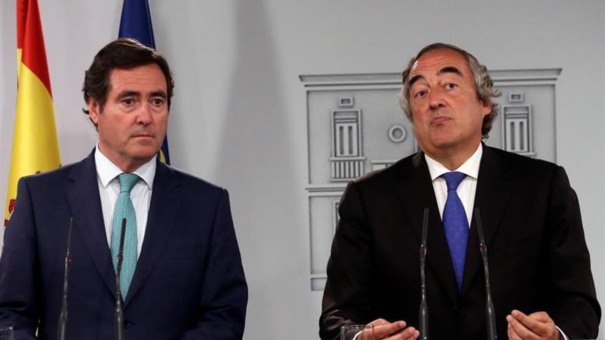 El Gobierno abre la negociación para empezar a derogar la reforma laboral del PP