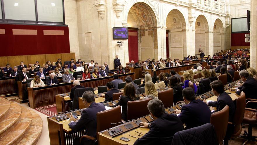 Pleno de los presupuestos autonómicos de 2016.