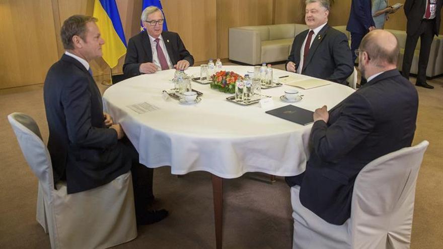 La UE dice a Ucrania que espera una solución al acuerdo de asociación y visados este año