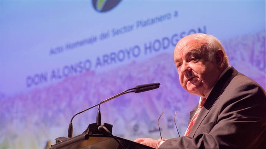 Alonso Arroyo, en su alocución en el homenaje que le brindó Asprocan en el Auditorio de Tenerife