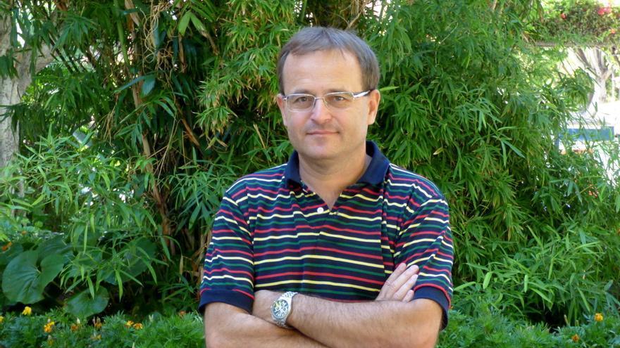 Ramón Trujillo, coordinador de IU en Canarias y concejal en el Ayuntamiento de Santa Cruz de Tenerife