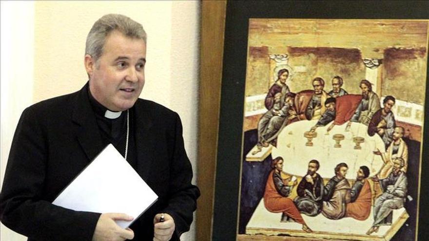 """El obispo de Bilbao demanda """"más contundencia"""" a la UE para acoger a refugiados"""