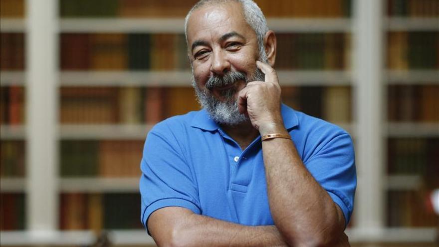 """""""Siento que hemos salido de una pesadilla"""", reconoce el escritor Leonardo Padura"""