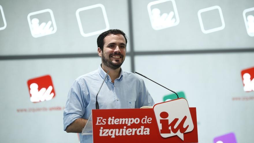 """Alberto Garzón dice que IU seguirá trabajando """"con principios"""" para """"transformar realmente"""" el país"""