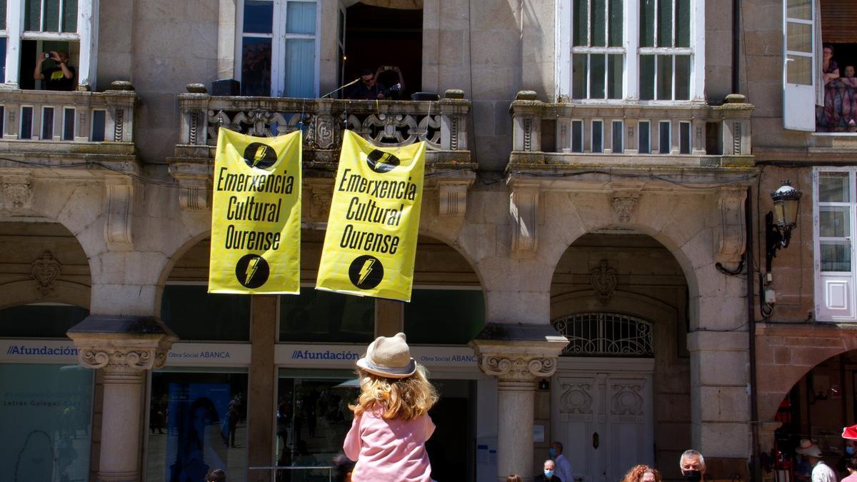 Un de las manifestaciones que ha convocado en los últimos meses Emerxencia Cultural Ourense