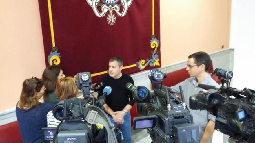 José Manuel Corrales durante su comparecencia ante los medios.