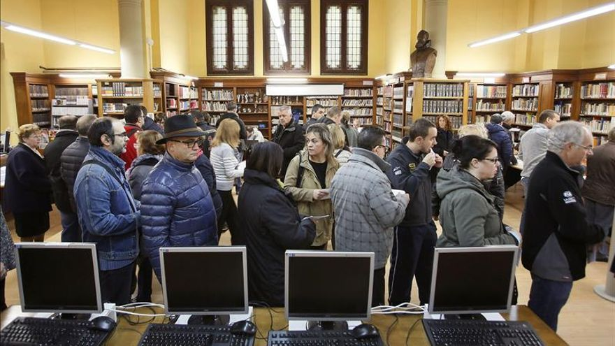Técnicos del 9N niegan que usaran bases de datos públicas para la votación