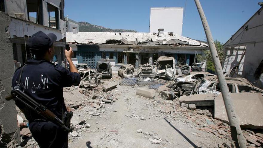 El Ejercito argelino destruye un escondite con seis bombas en la Cabilia
