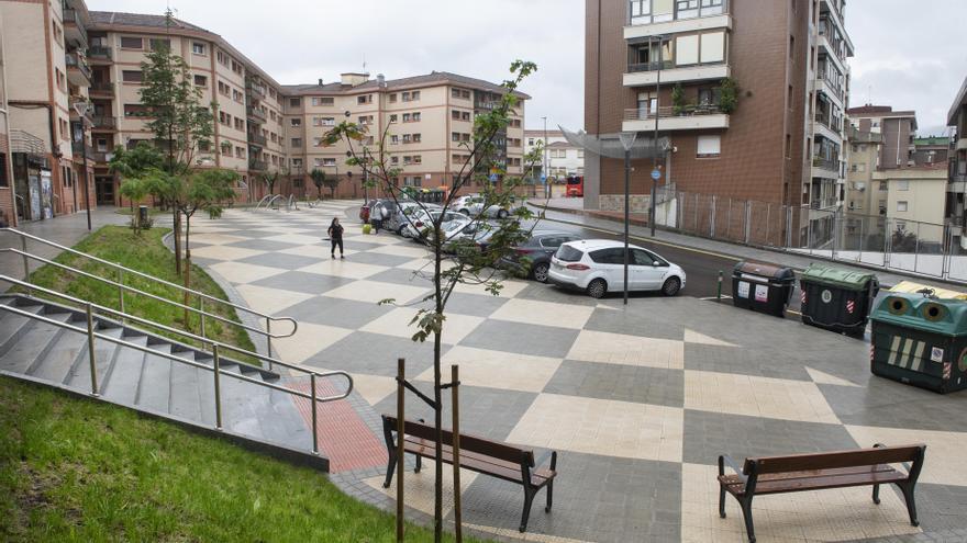 Renovacion de la plaza del grupo Arabella