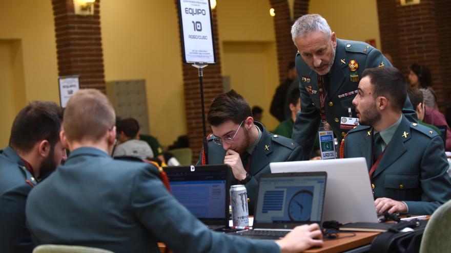 El equipo de la Guardia Civil que ha participado en la Ciberliga.