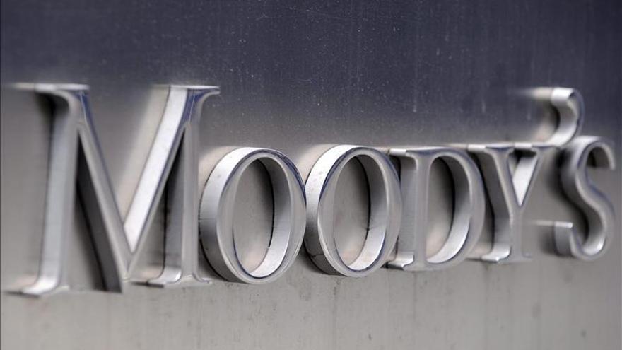 Moody's eleva la calificación de Grecia y le da un pronóstico estable