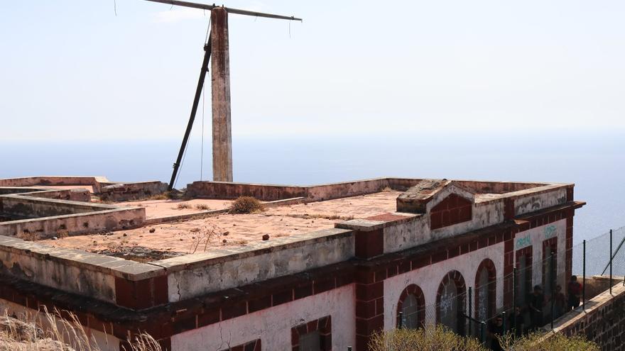 Estado actual de la antigua estación de señales marítimas, ubicada cerca de Igueste de San Andrés