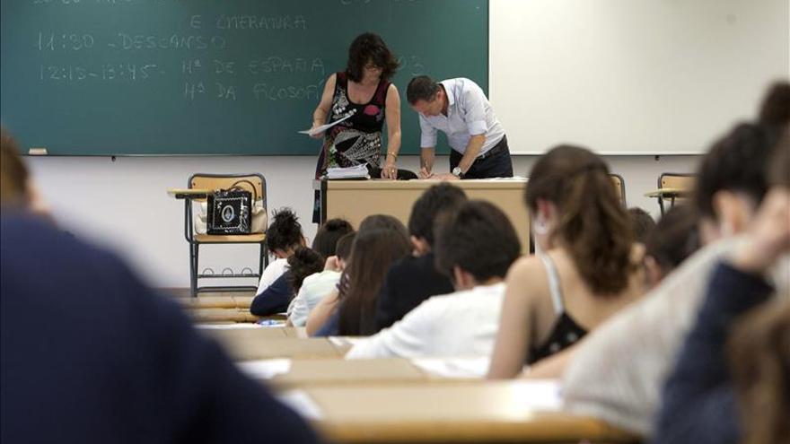 La población de la OCDE con educación superior aumenta 55 % en 15 años