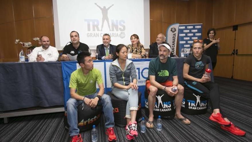 Rueda de prensa de presentación de los atletas de élite que participan en la Transgrancanaria 2016.