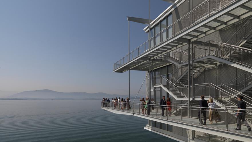 Las vistas hacia la Bahía de Santander son uno de los atractivos del edificio. | Enrico Cano