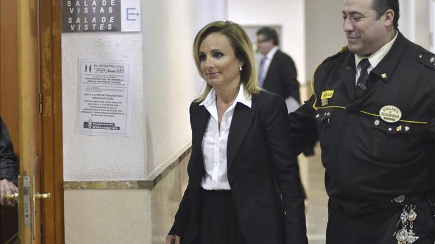 Exconsellera dice que Matas la animó a contratar a una presunta empresa corrupta