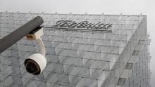 """Telefónica cita """"la falta de acuerdos en temas claves"""" entre los políticos como un riesgo para su negocio en España"""