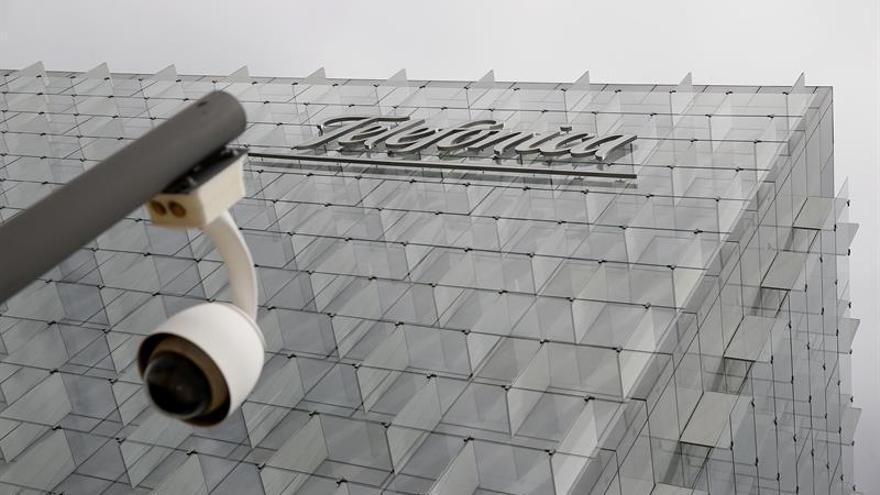 Fachada de la sede corporativa de Telefónica, en Madrid.