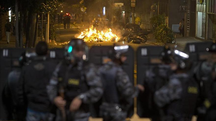Protestas contra el aumento del precio de los autobuses en Brasil. /EFE