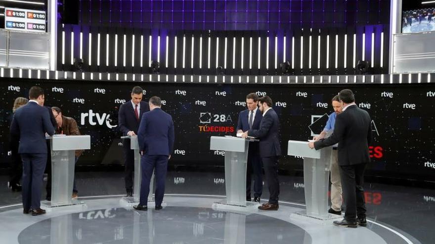 La campaña del 28A, un vía crucis de temores, debates y crispación