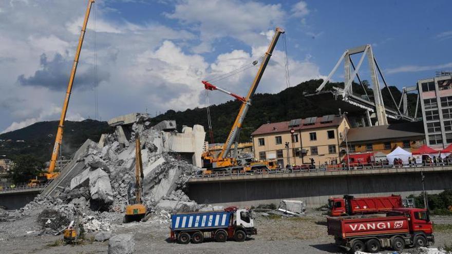 La Fiscalía de Génova investiga a 20 personas por el derrumbe del puente