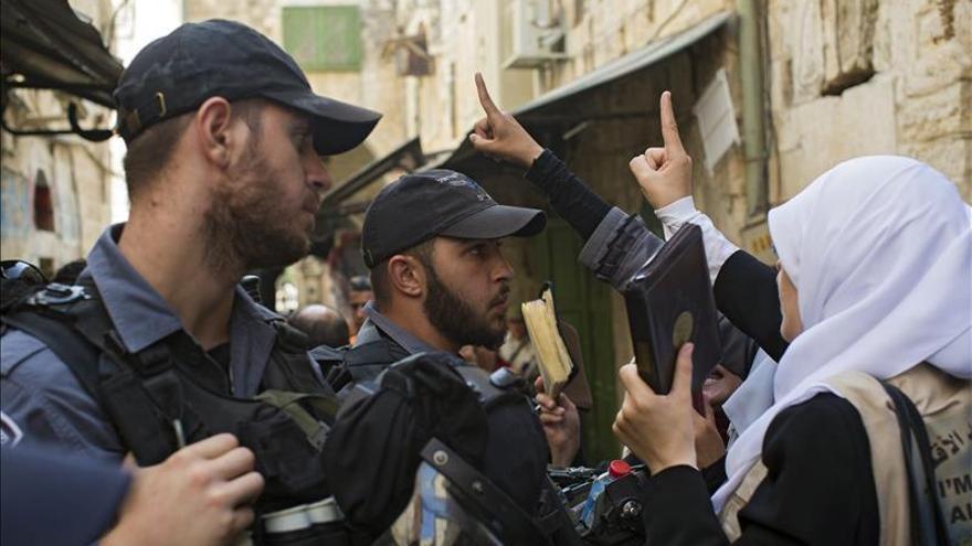 """Hollande muestra """"gran preocupación"""" por los enfrentamientos en Jerusalén"""