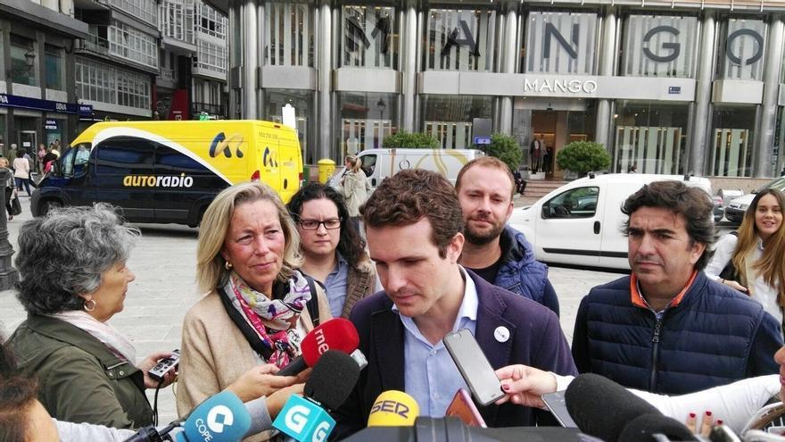 """Casado dice que Feijóo es """"la vacuna"""" contra los gobiernos de la """"frustración"""" de las mareas"""