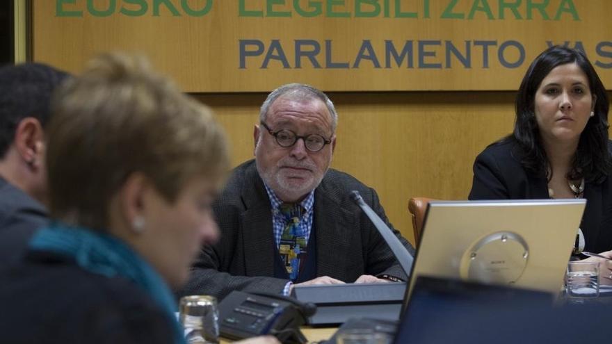 """Savater alerta de que el federalismo puede utilizarse para """"encubrir"""" la """"disgregación"""" del Estado"""