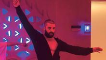 Oscar Isaac baila en casa sin violar el confinamiento en 'Ex Machina'