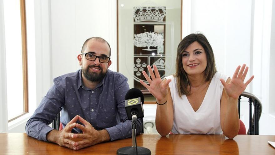 La alcaldesa de Santomera Inmaculada Sánchez Roca, junto al edil Francisco Joaquín Rubio Gomariz
