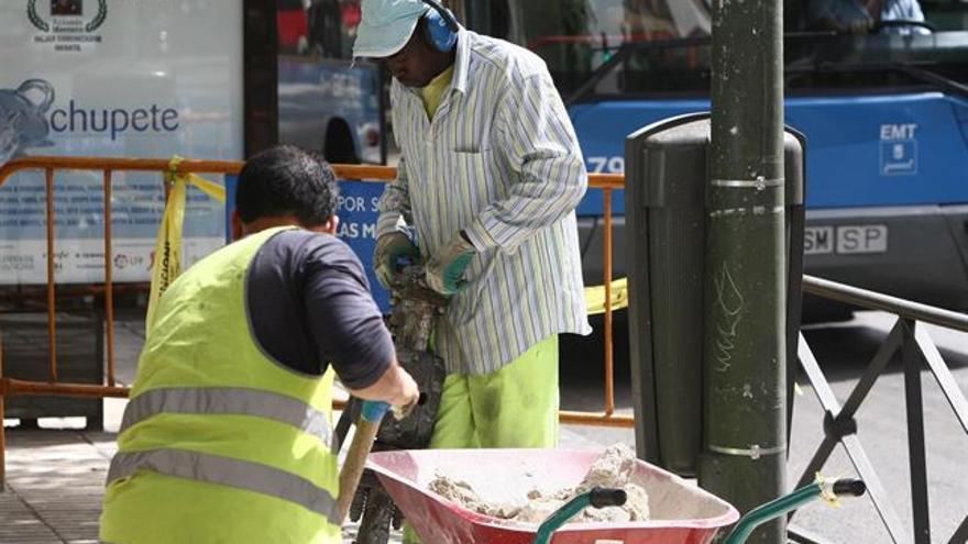 Inmigrantes trabajando / Foto: Europa Press