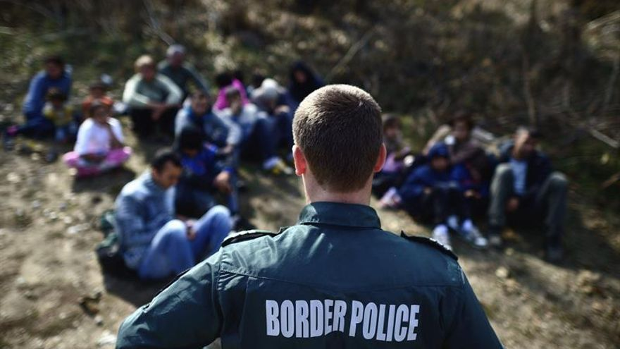 Bulgaria acusa de terrorismo a tres refugiados por intentar unirse al Dáesh