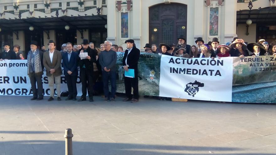 """Movilización de abril de 2017 en Teruel, convocada por """"Teruel Existe"""" sobre el ferrocarril"""