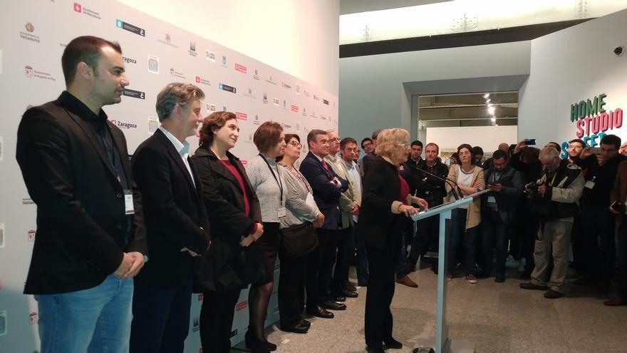 Colau, Ribó, Santisteve y Martiño Noriega se solidarizan con la alcaldesa de Berga detenida este viernes