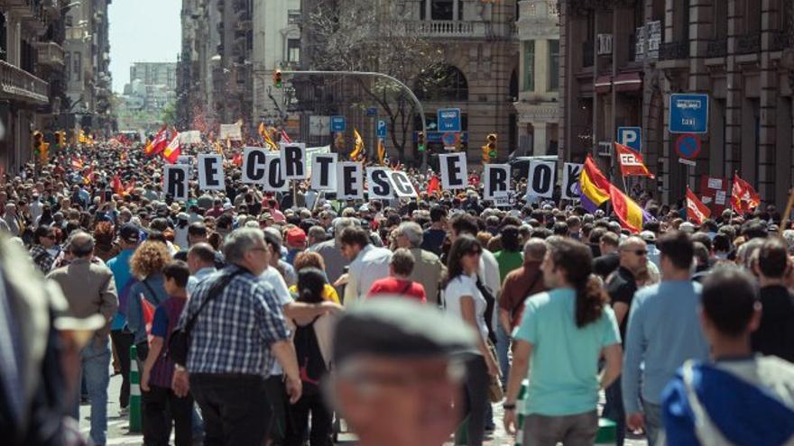 Los recortes también salariales, han mermado la capacidad de compra de la población en Catalunya