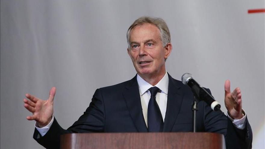 Blair niega órdenes para destruir un documento sobre la guerra de Irak