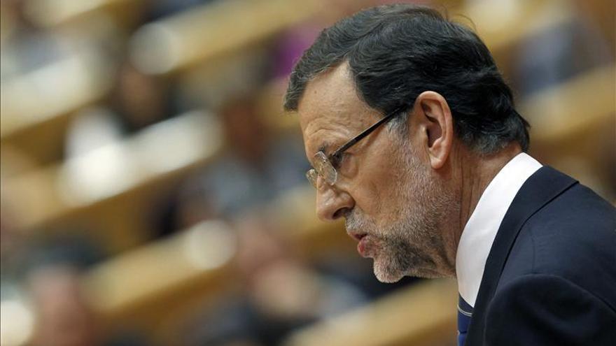 Rajoy cita a Bárcenas hasta catorce veces en el pleno del Congreso