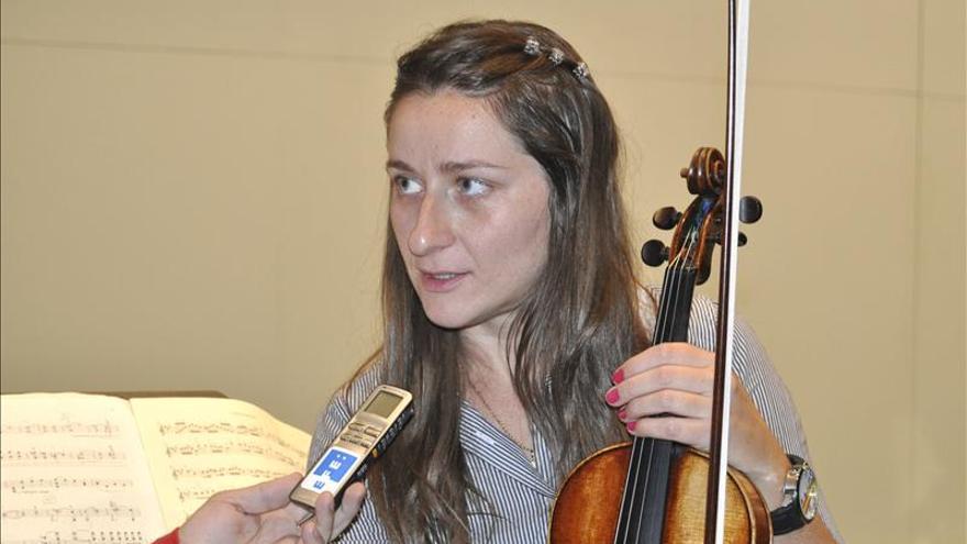 Elena Mikhailova dice que la música clásica es un bien que hay que conservar, cuidar y potenciar