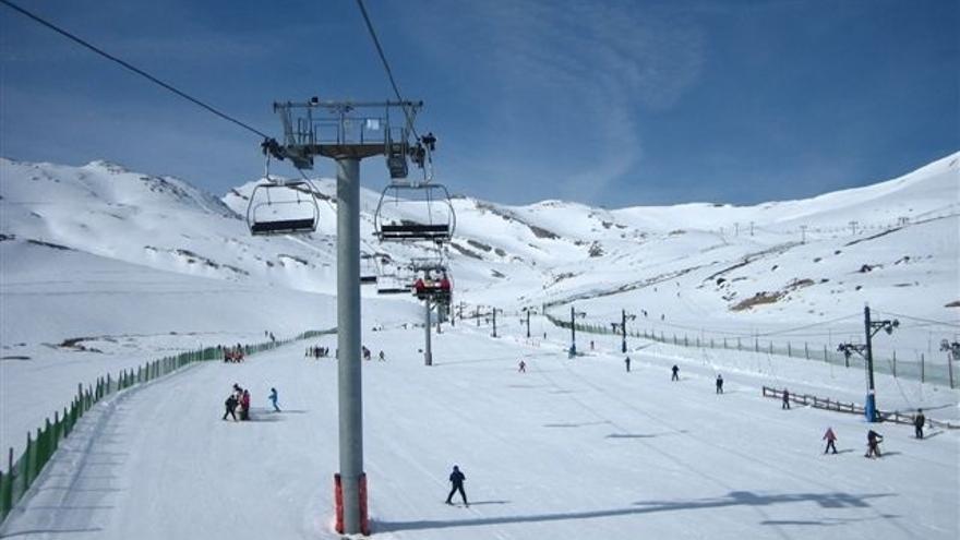 Alto Campoo inicia el fin de semana con el 77% de sus pistas abiertas