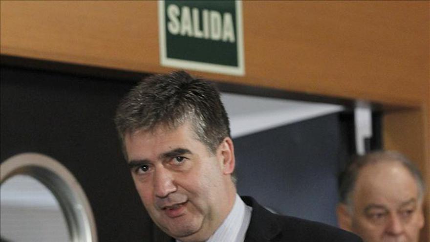 """El SUP vuelve a plantar a Cosidó porque """"ningunea"""" a los sindicatos"""