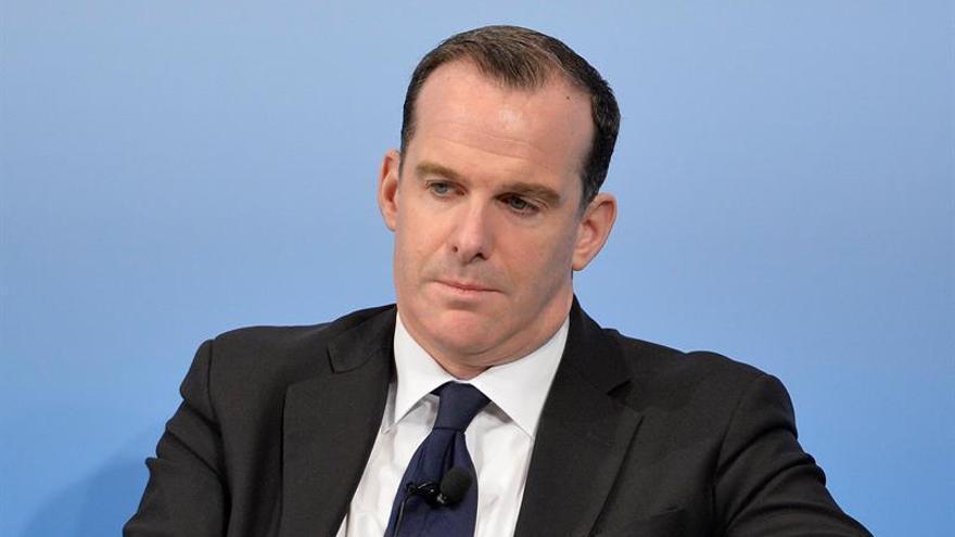 Renuncia el enviado de EE.UU. para la coalición contra el EI, según la CBS