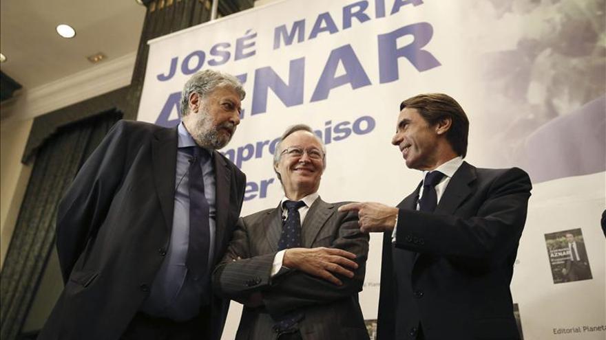 Ni ministros, ni miembros de la cúpula del PP en la presentación del libro de Aznar