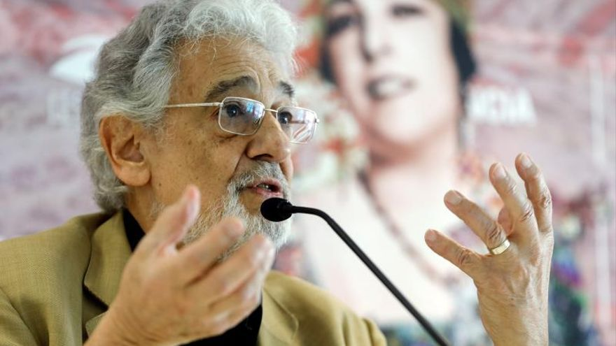 Plácido Domingo continuará ligado artísticamente al Palau de les Arts
