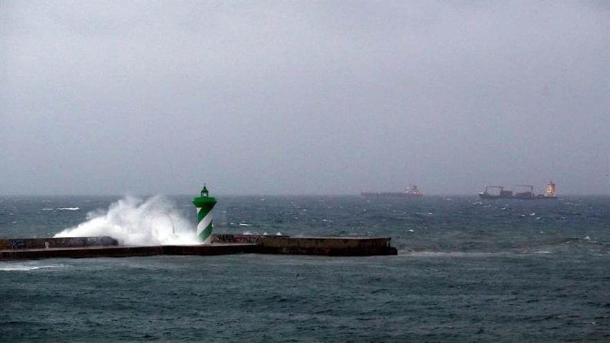 El Puerto de Barcelona incorpora un nuevo sistema para cartografiar el fondo marino