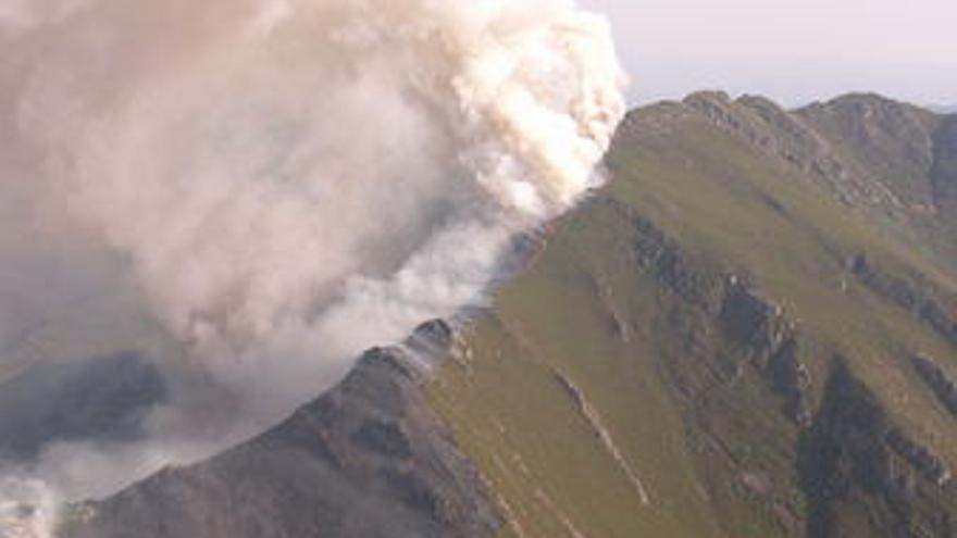 Incendio en Barjas (León)